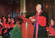 Lee Kuan Yew officiates the opening of the Singapore Academy of Law. Credit: Singapore Academy of Law